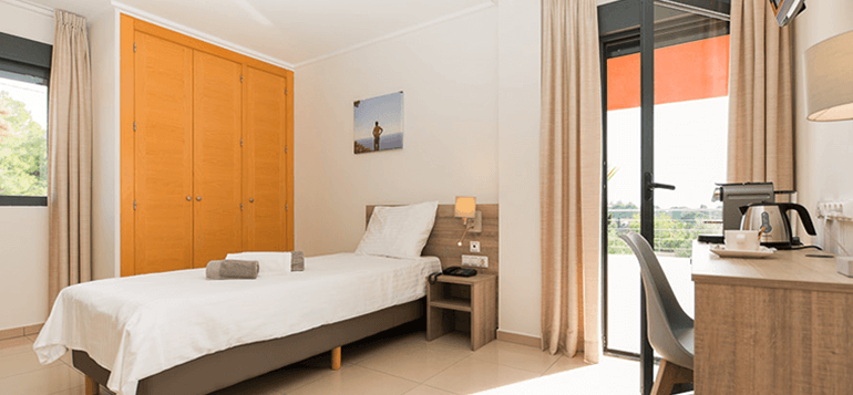 Single En-Suite Room in a lovely Rehab in Alicante, Spain